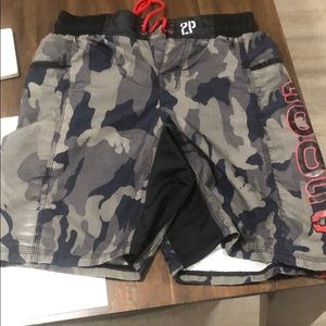 2pood Shorts - Worn a couple times too tight around the hipsforme
